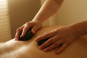 massage-389727_1280